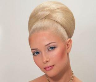 Прически в стиле 50 х годов на длинные волосы, прическа бабетта с валиком