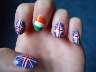 Маникюр с флагами, маникюр с британским и итальянским флагами