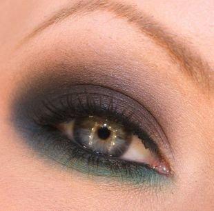 """Макияж для русых волос и серых глаз, непревзойденный макияж """"смоки айс"""""""
