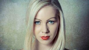 Летний макияж для голубых глаз, макияж с красной помадой для блондинок