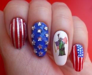 Маникюр с флагами, американский маникюр