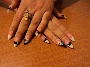 Черный френч, острая форма ногтей