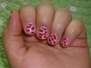 Рисунки на квадратных ногтях, розовый маникюр на коротких ногтях