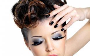 Яркий макияж для серых глаз, интересный вечерний макияж голубых глаз