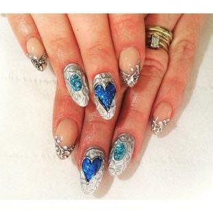 Ажурные рисунки на ногтях, сложный дизайн нарощенных ногтей