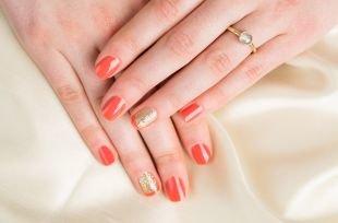 Дизайн ногтей с блестками, коралловый маникюр с блестками по фен-шуй