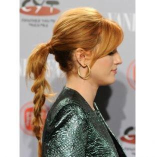 """Цвет волос тициан на длинные волосы, прическа на каждый день - косичка из низкого """"конского хвоста"""""""