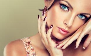 Макияж для шатенок, нежный макияж для голубых глаз