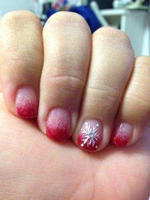 Красивый френч на квадратных ногтях, новогодний маникюр со снежинкой