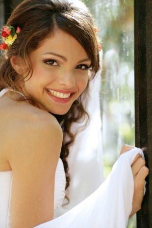 Свадебный макияж для шатенок, трогательный свадебный макияж для карих глаз