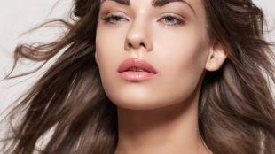 Нежный макияж, естественный макияж для шатенок