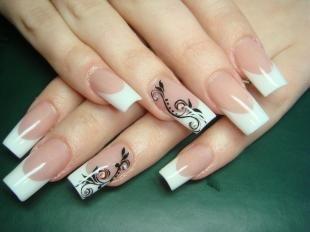 Красивые ногти френч с рисунком, френч на нарощенных ногтях