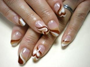 """Рисунки на ногтях акрилом, маникюр для круглой формы ногтей """"капучино"""""""
