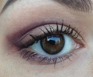 Макияж для больших карих глаз, макияж для визуального удлинения глаз