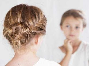 """Цвет волос шоколадный блондин на длинные волосы, прическа для девочки с косичкой """"рыбий хвост"""""""