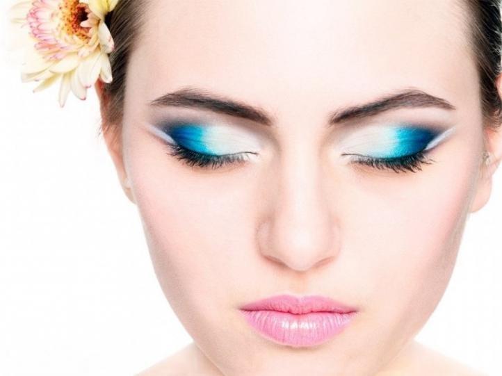Фото макияж для голубых глаз.стрелки